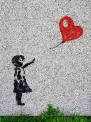 heart baloon mural