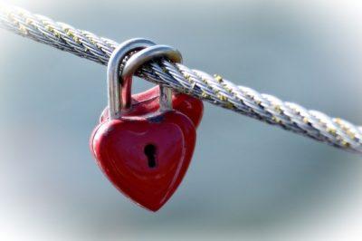 heart lock on rope